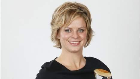 Жюстин Енен награди Клайстерс за №1 в Белгия