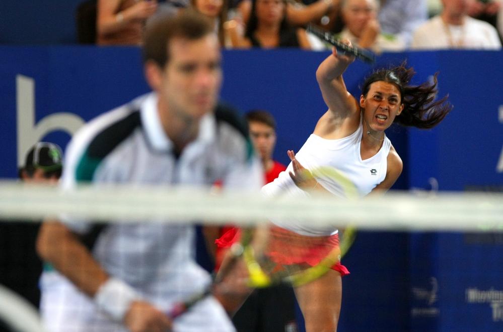 Французите очакват Чехия за финала на Хопман къп