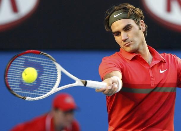 ВИДЕО: И Федерер безгрешен в първия си двубой