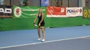 Аршинкова на полуфинал след чист успех