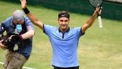 Федерер с нова крачка към 10-и трофей в Хале