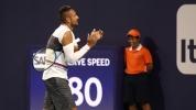 Кириос показа номерата си при рутинна победа