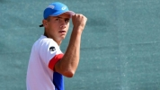 Донски започна с победа в Тунис